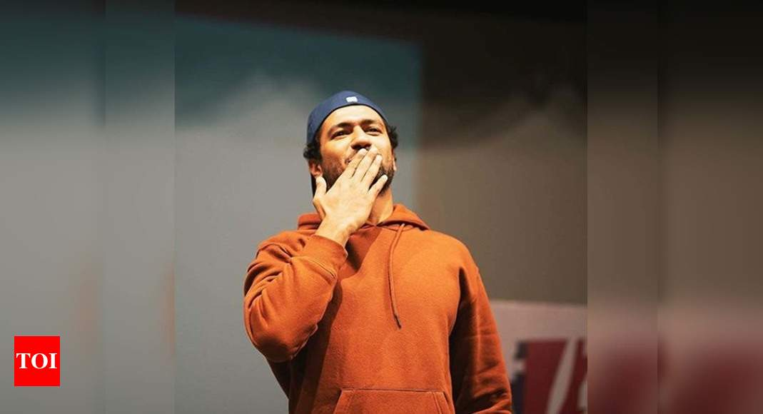 Vicky Kaushal celebrates 7 million Instagram followers with flying kisses to fans | Hindi Movie News – Times of India