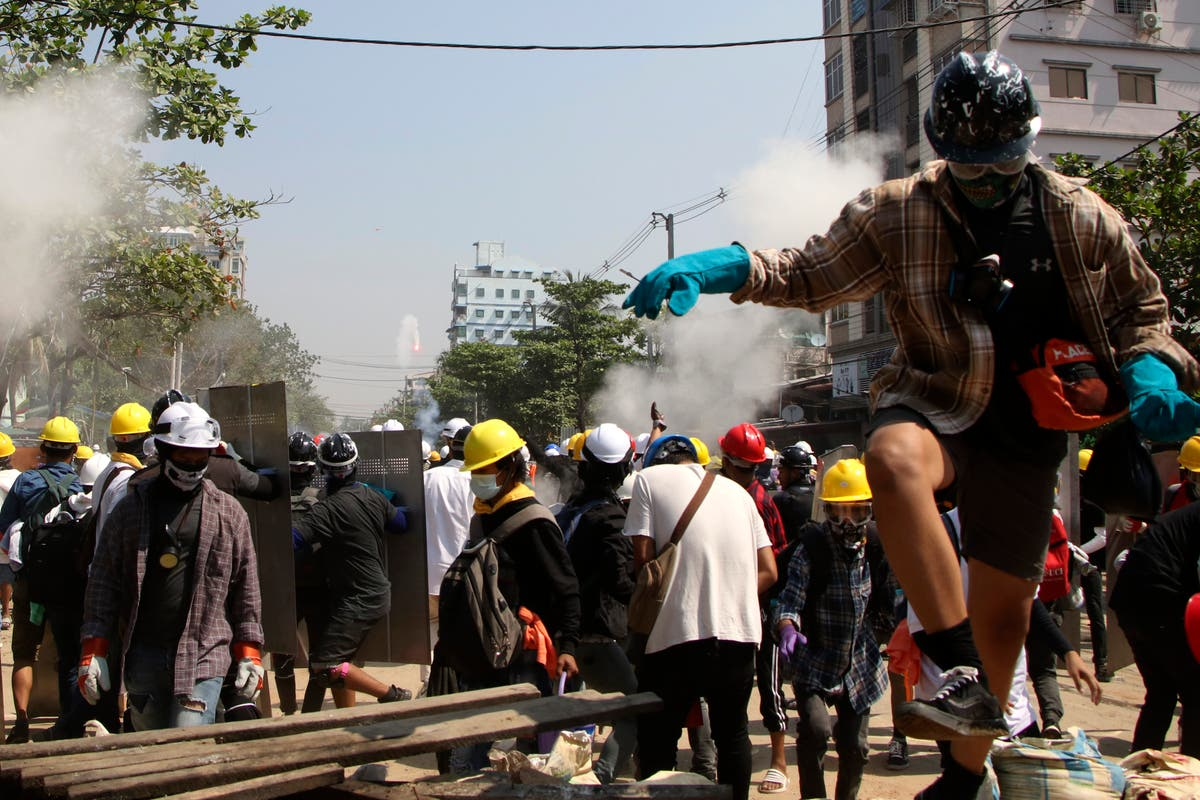 Myanmar police fire on protesters in ancient former capital Bangkok United Nations Bagan Aung San Suu Kyi Facebook