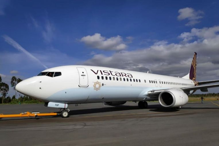 Indian airline Vistara chief blasts critic for posting picture of sleeping crew, earning praise from Twitter users, South Asia